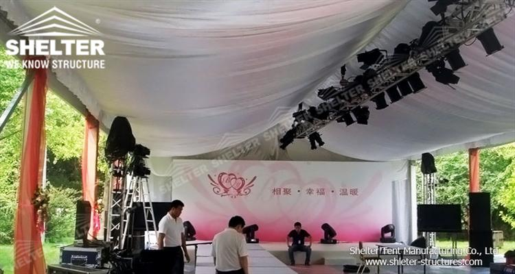luxury event tent
